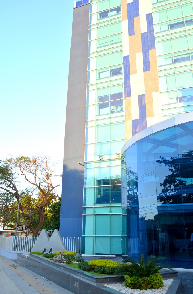 Dieb Maloof - La Misericordia Clinica Internacional